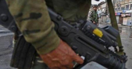 Keşmir'de 6 Hintli asker öldürüldü