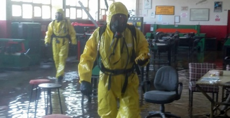 Su basan okulda kimyasal paniği