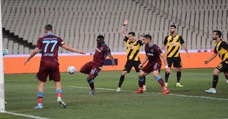 Trabzonspor AEK karşısında avantajı kaptı