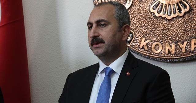 Adalet Bakanı Gül: 'Nerede ahlaksızca bir saldırı varsa orada FETÖ belirtisi vardır'