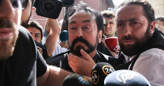 Adnan Oktar Organize Suç Örgütü davasına başlandı