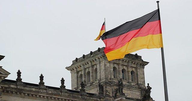 Almanya, Suudi Arabistan'a silah ambargosunu 6 ay daha uzattı