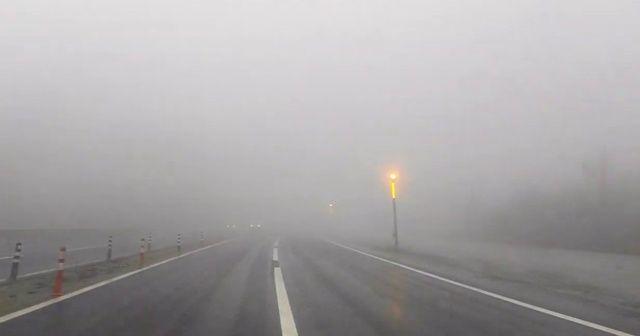 Bolu Dağı'nda sağanak ve sis