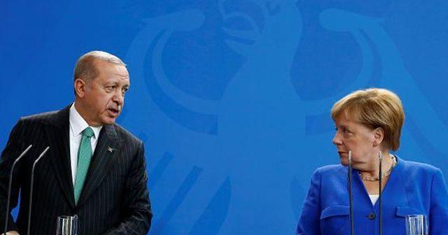 Cumhurbaşkanı Erdoğan, Almanya Başbakanı Angela Merkel ile görüştü
