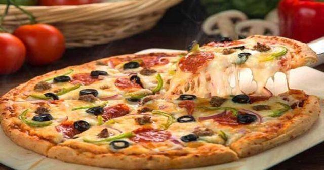 Evde Kolay Pizza Tarifi, en kolay Evde Pizza yapımı ve Tarifi