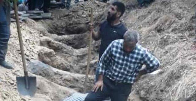 Feci kazada hayatı kaybedenler yan yana toprağa verildi