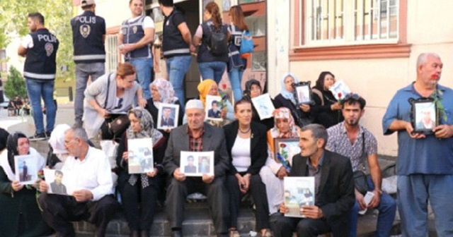 HDP önündeki çığlık ülke sınırlarını aştı, İranlı annelere umut oldular