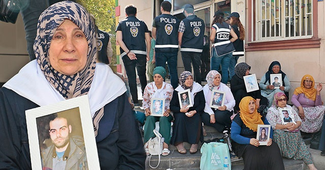 HDP önündeki eylemde 10'uncu gün