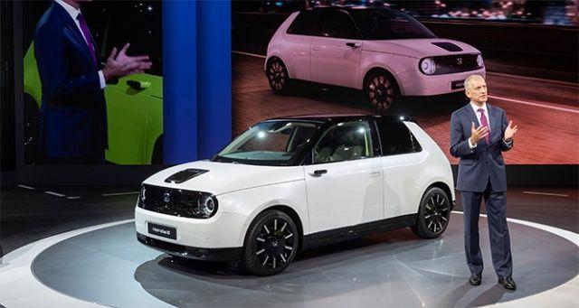 Honda e'nin seri üretim versiyonu ilk kez görücüye çıktı