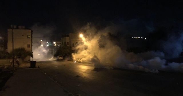 İsrailli yerleşimcilerden El Halil kentine baskın: 10 yaralı