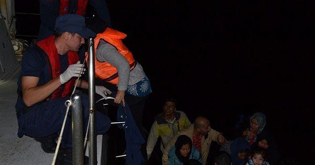 İzmir'de 143 düzensiz göçmen yakalandı
