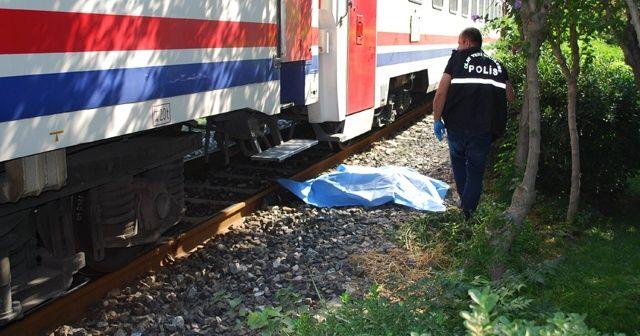 Manisa'da feci olay: Trenin önüne atladı