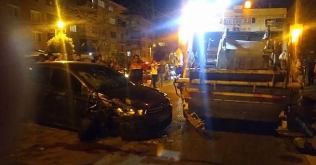 Otomobil ile çöp kamyonu arasında sıkışan işçi hayatını kaybetti