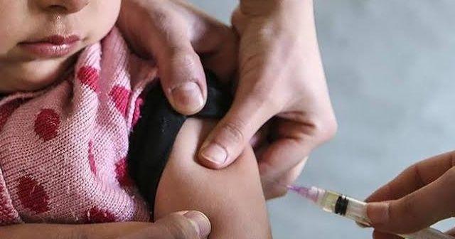Sağlık Bakanlığından 'miadı geçen aşı' iddialarına cevap