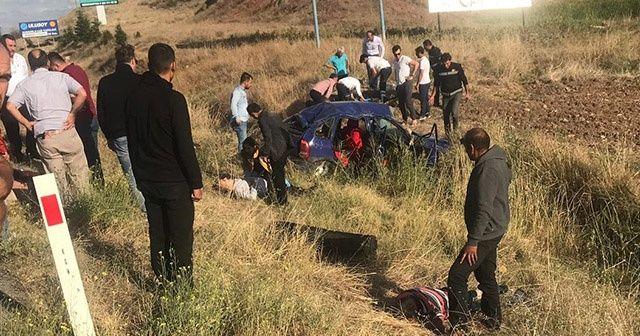Takla atan otomobil şarampole uçtu: 5 yaralı