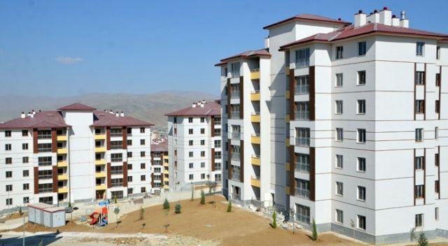 Terör  mağdurları yeni evlerine kavuştu