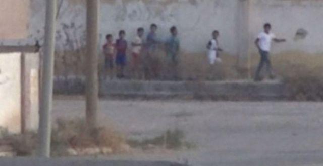 Teröristlerden sınırda oyun! Çocukları kullandılar