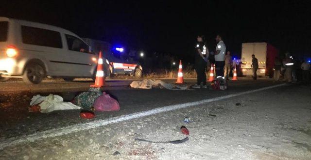 TIR ile traktör çarpıştı: 1 ölü