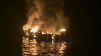 ABD'de teknede yangın: 8 ölü