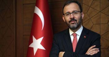 Bakan Kasapoğlu Filenin Sultanları'nı tebrik etti