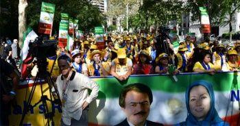 BM binası önünde Ruhani karşıtı protesto
