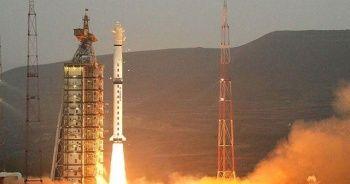 Çin uzaya 3 uydu daha fırlattı