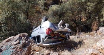 Feci kaza! Kontrolden çıkan otomobil dere yatağına uçtu