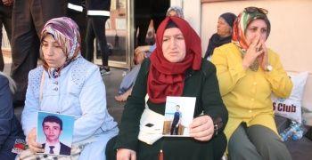 HDP önünde eylem yapan aile sayısı 18'e yükseldi