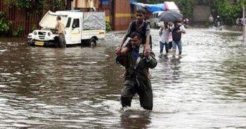 Hindistan'da aşırı yağışların bilançosu artıyor: 22 ölü