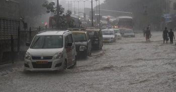 Hindistan'da şiddetli yağışlarda bir haftada 59 kişi öldü