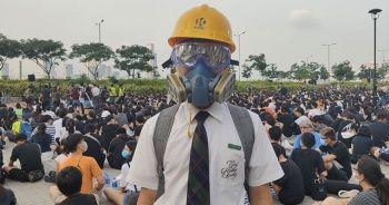 Hong Kong'da protestocu öğrenciler derslere girmedi
