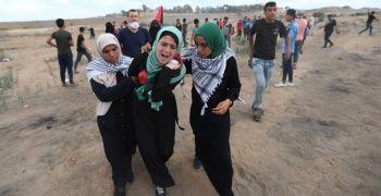 İsrail askerleri Gazze sınırında gerçek mermi kullandı