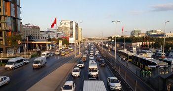 İstanbul'da okul trafiği yoğunluğu