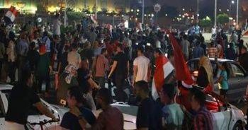 Protestolar korkuttu! Tahrir Meydanı kapatıldı