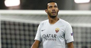 Romalı futbolcuya kendi taraftarından ırkçı saldırı