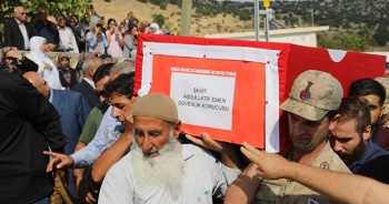 Şehit Abdullatif Emen, şehit babası ile yan yana