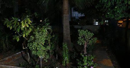 Adana'da balkondan düşen öğretmen hayatını kaybetti