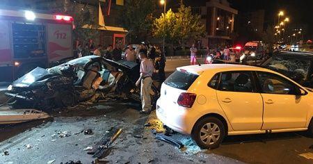 Antalya'da korkunç kaza, 2 ölü 6 da yaralı var