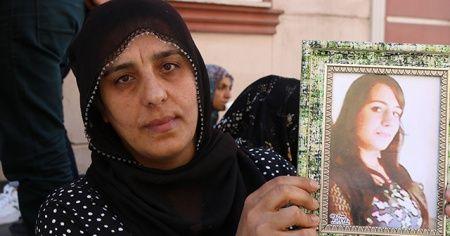 Çocukları dağa kaçırılan ailelerin HDP önündeki evlat nöbeti 19'uncu gününde