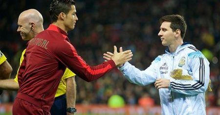 Cristiano Ronaldo: Kariyerim sonunda Messi'nin üstünde yer almalıyım
