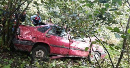 Giresun'da otomobil dereye uçtu: 1 ölü, 1 yaralı