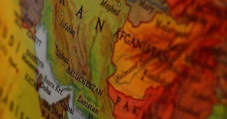 Hamaney'in Yüksek Askeri Danışmanı: Akdeniz'den Hint Okyanusu'na kadar ABD güçlerini hedef alırız