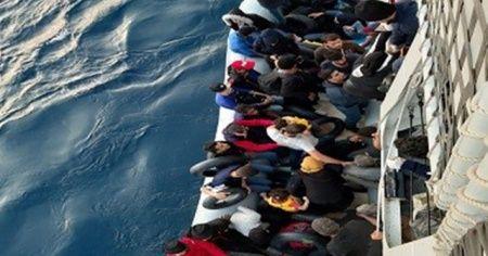 Kuşadası Körfezi'nde  85 düzensiz göçmen yakalandı