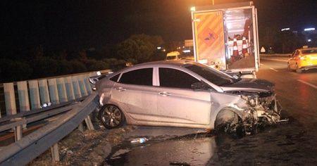 Makas atan alkollü sürücü kaza yaptı