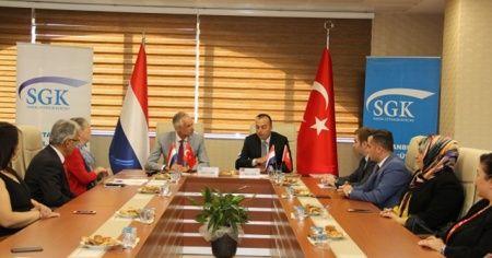 Türk ve Hollandalı vatandaşlar, sosyal güvenlik hakları konusunda bilgilendirilecek