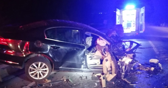 Alkollü sürücünün kamyonetiyle ters yöne girdi: 1 ölü, 3 yaralı