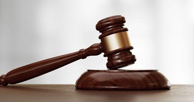 Boşanamadığı kocasına attığı çanta silah sayıldı, doğum gününde cezaevine girdi
