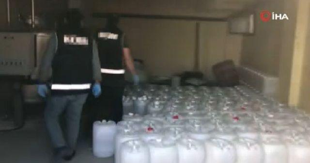 Deterjan imalathanesi görünümlü depoya sahte içki operasyonu
