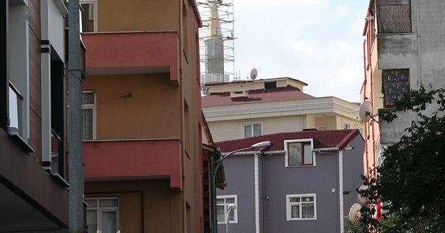 Eşiyle tartışan kadın kendisini ikinci kattan aşağı attı