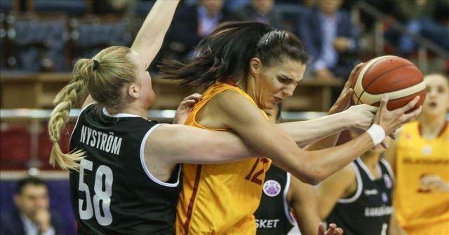 Galatasaraylı Stankovic, 3 hafta parkeden uzak kalacak